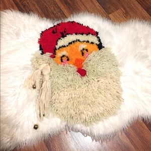 🦋2/$10 3/$15 4/$18 5/$20 Vintage Latch Hook Santa